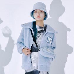 Korean version of MLB Fleece Mini Fleece Shoulder Bag